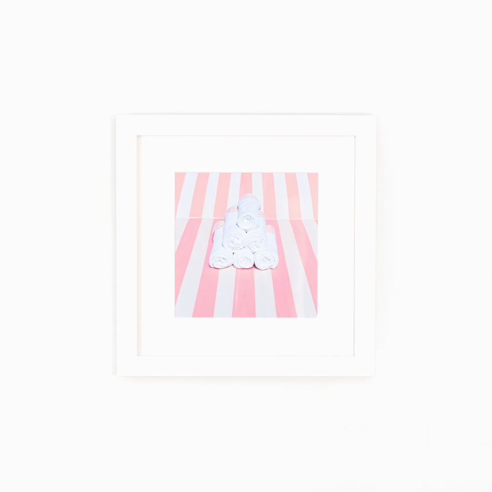 Irvine Product Photo, clean white gallery wall frame