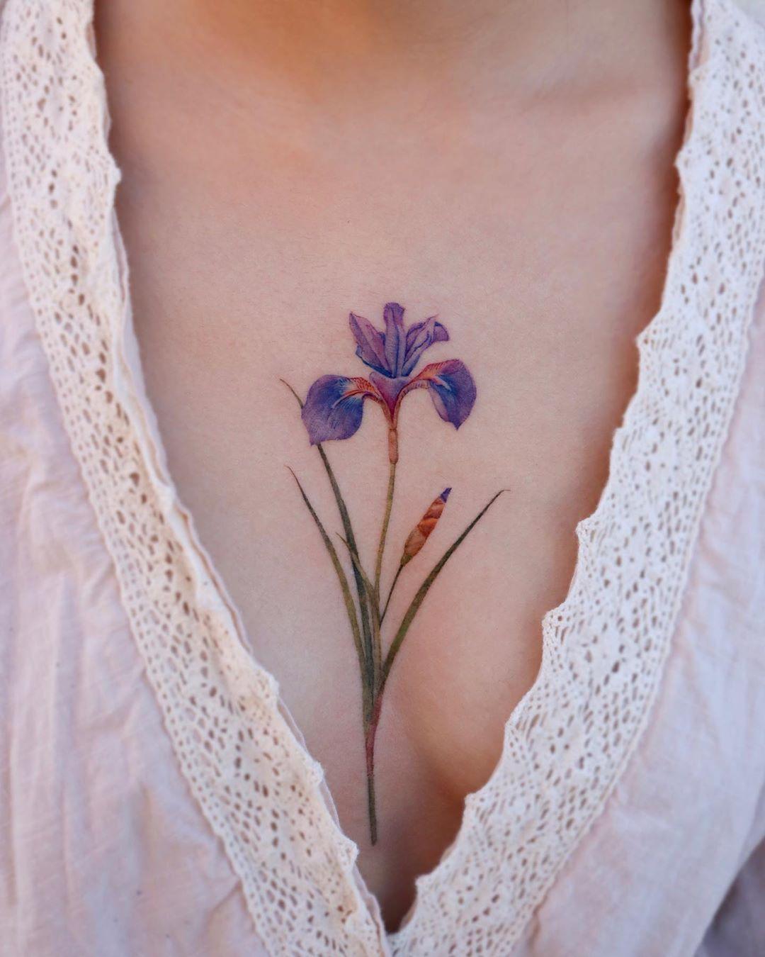 realistic iris tattoo
