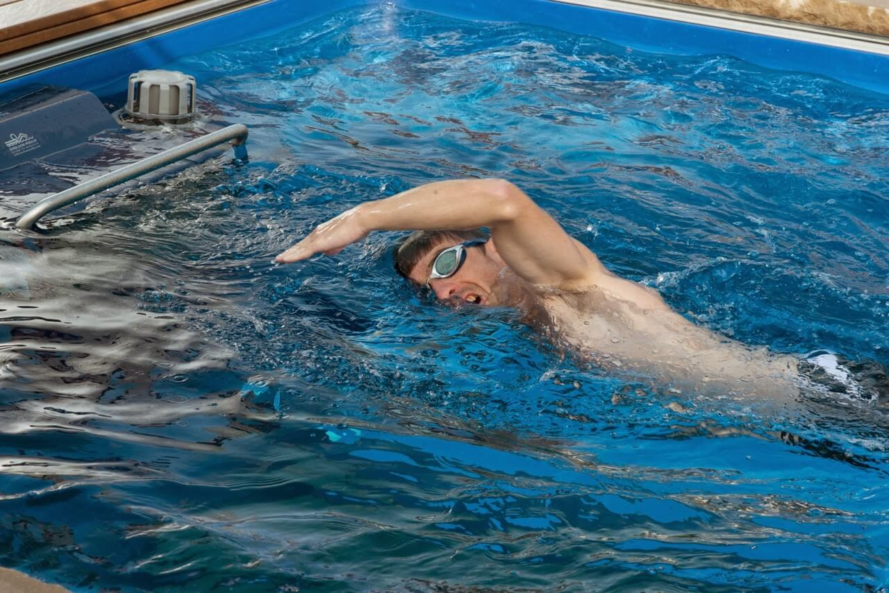 Mark Langan crosstraining by swimming in the Endless Pool