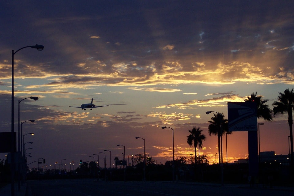 Knowing how to navigate the airports is an important part of Los Angeles transportation