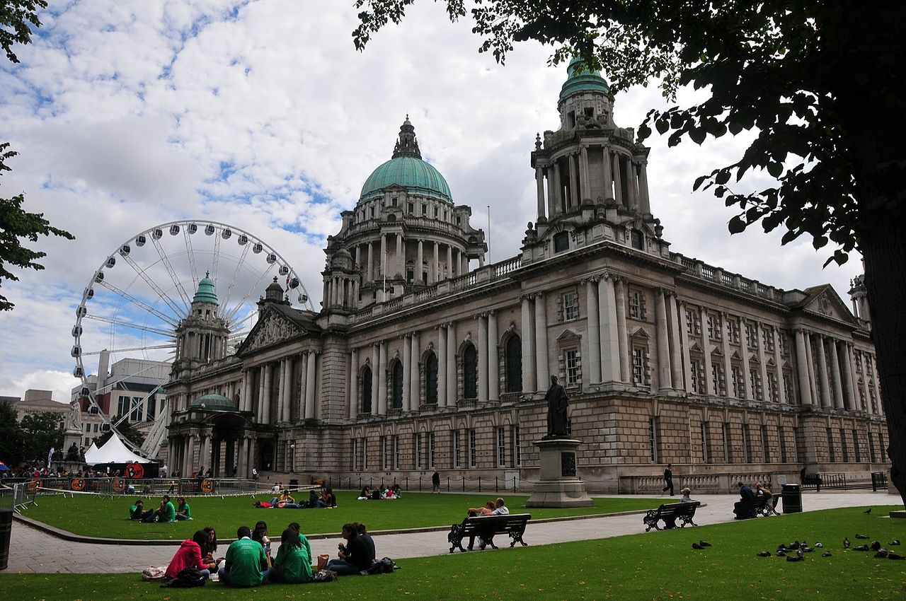 Strolling through Belfast City Hall is a cool thing to do in Ireland