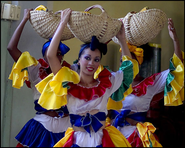 cuban dancers with baskets on head