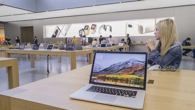 Photo: Apple store