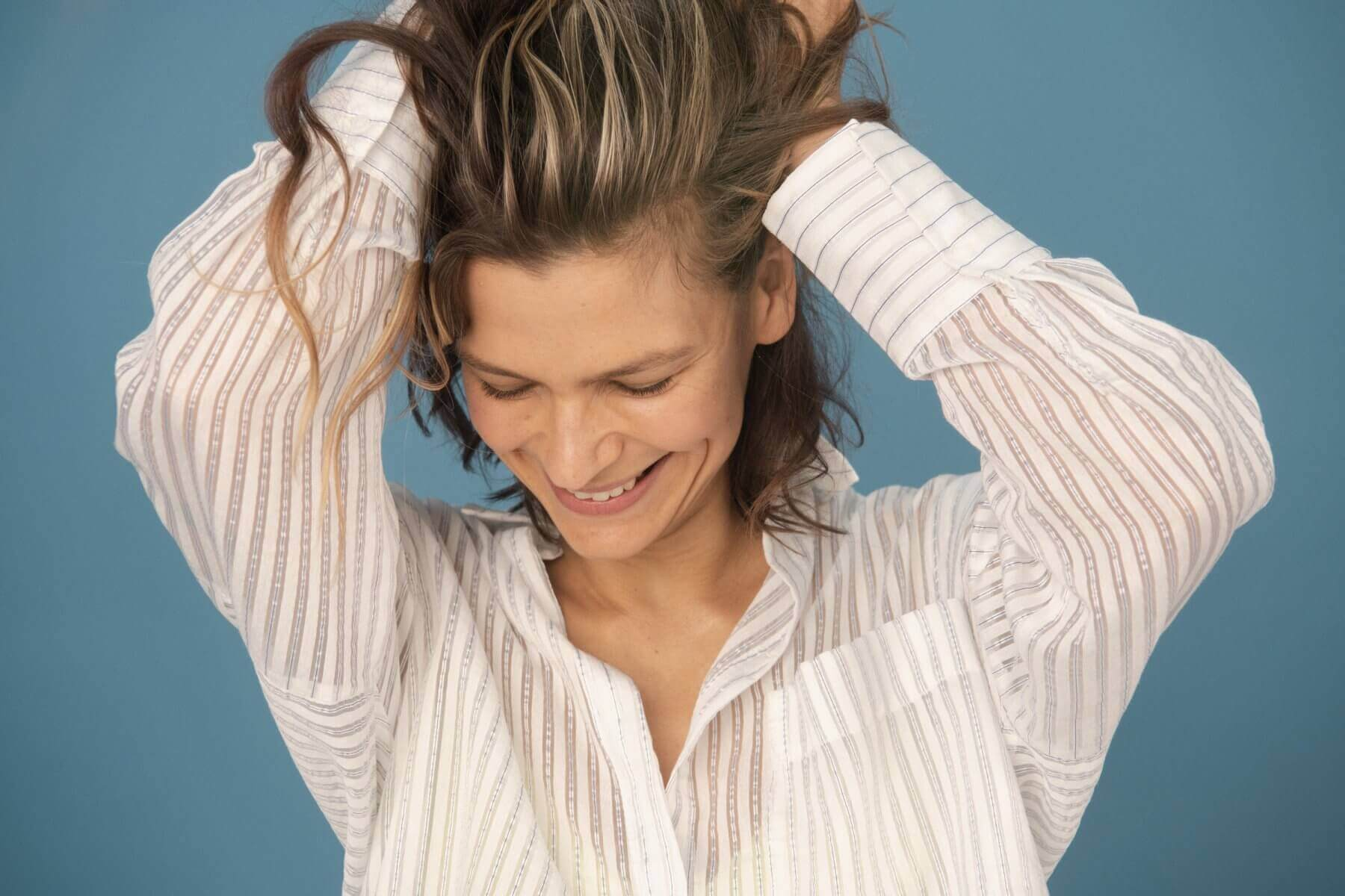 A Complete Guide to Minoxidil for Female Hair Loss