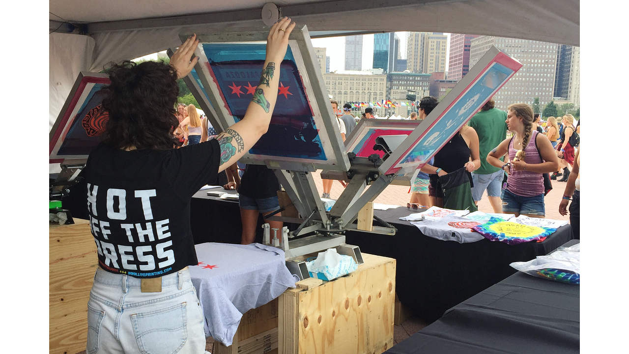Live screen printing at Lollapalooza by Live Printing