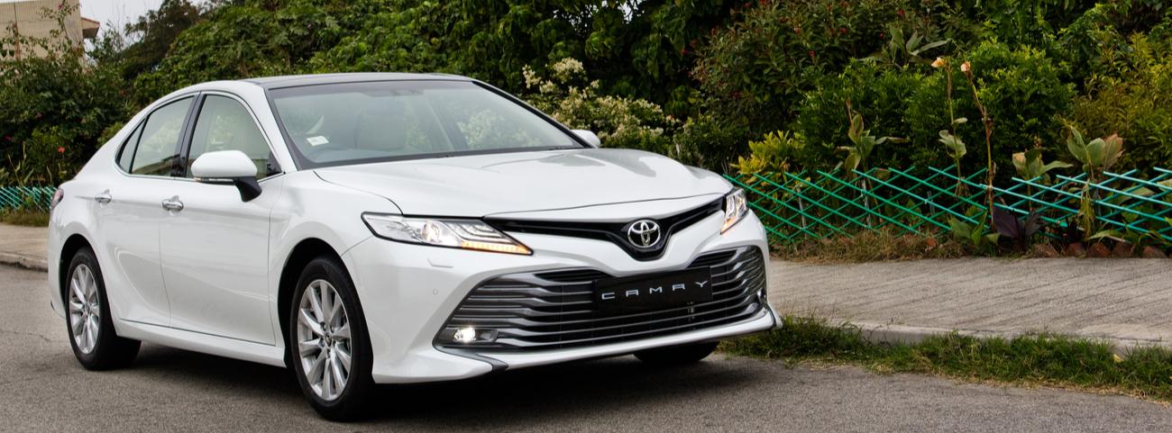 Hyundai-Sonata-2018-vs-Toyota-Camry-2018-Así-se-comparan