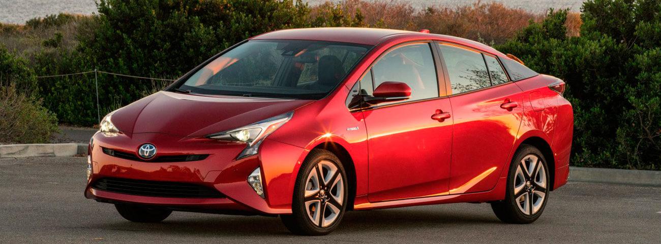 Toyota-Prius-2018