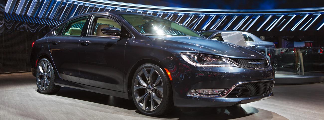 Chrysler-200-Modelo-2015-características-renovadas