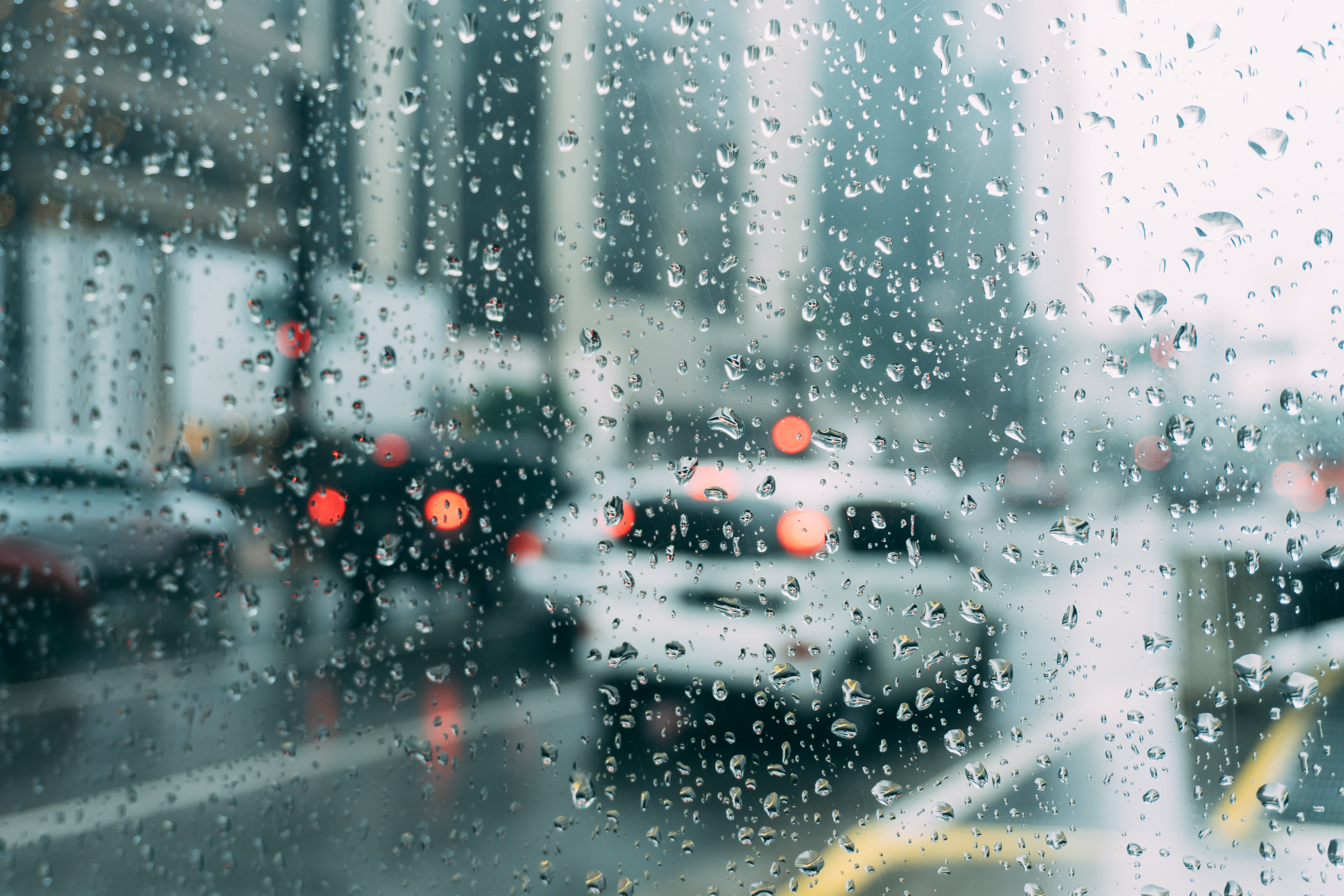 Driving Tips For Rainy Weather & Wet Roadways