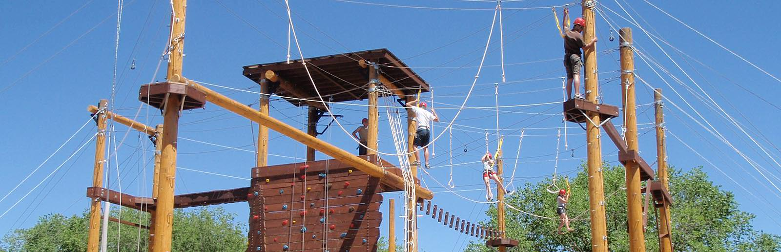 outdoor team building activities ropes course