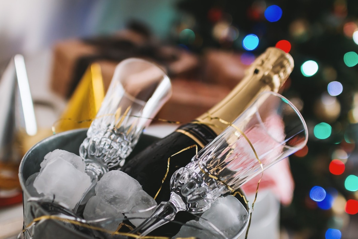 Image of The Secrets to Throwing a New Year's Eve Party in a Small Space
