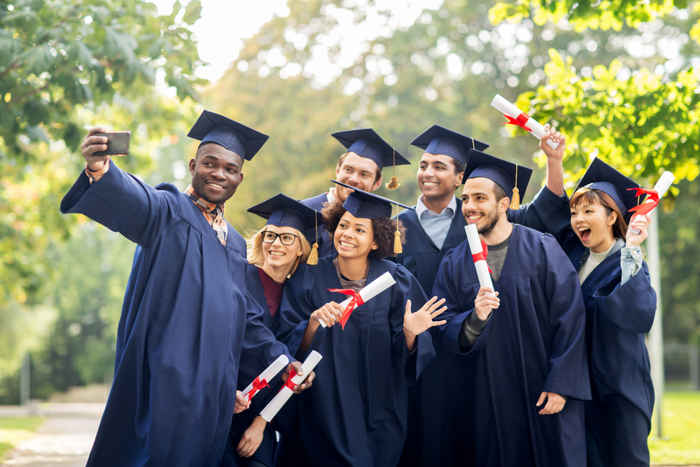 Squeeze-refinance-student-loans