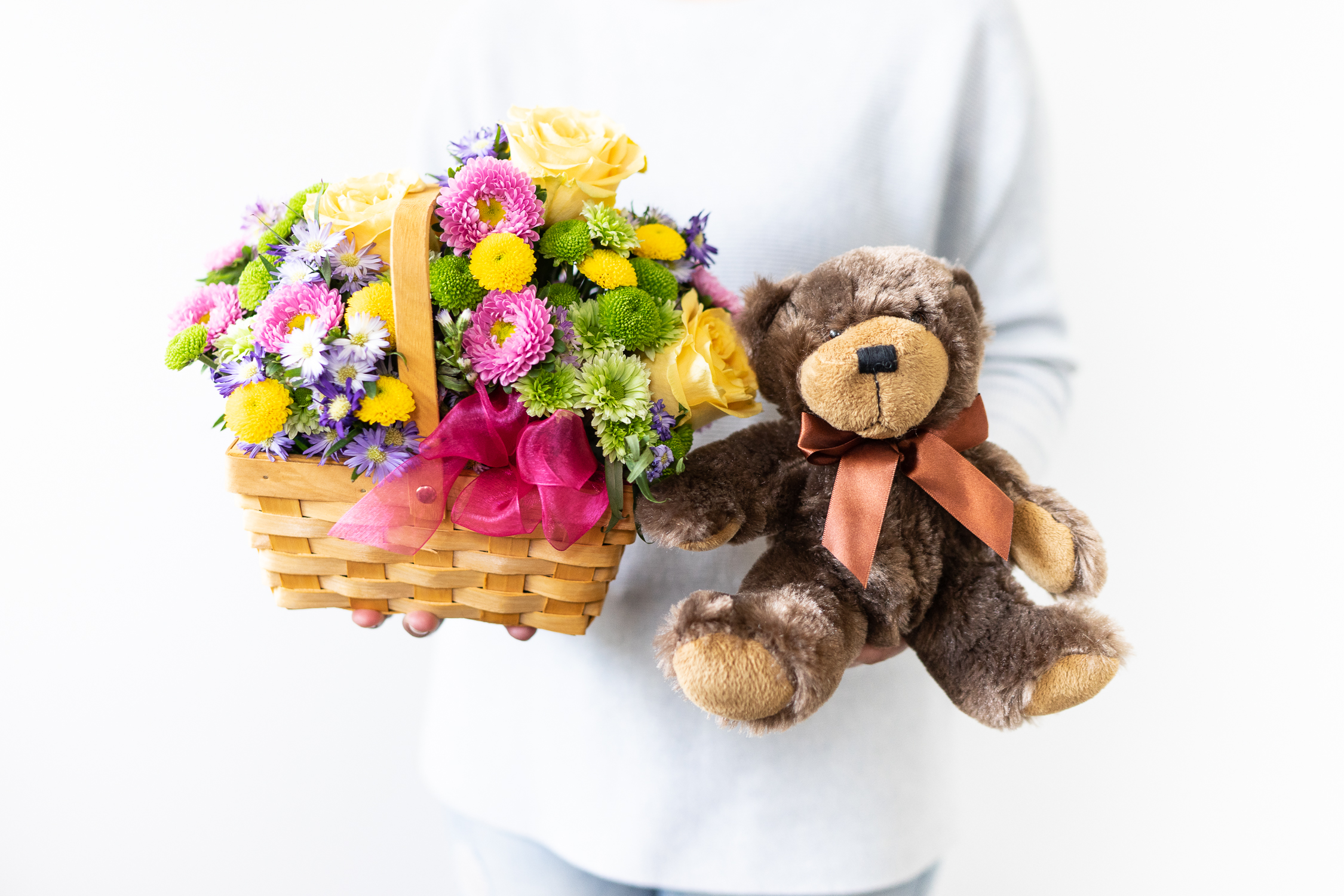 What are appropriate flowers to send to a kid?