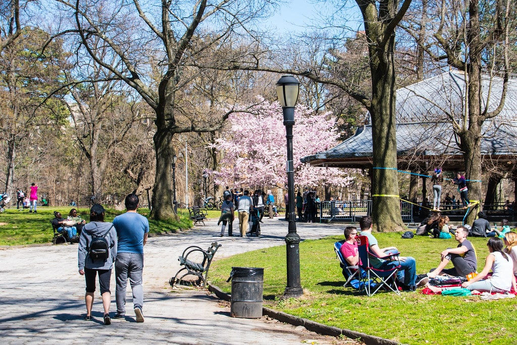 Explore all New York City's amazing parks to keep your NYC travel under budget