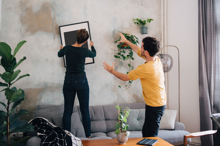 Image of 4 Cheap Decorating Hacks Under $10 That Work Wonders in Any Apartment