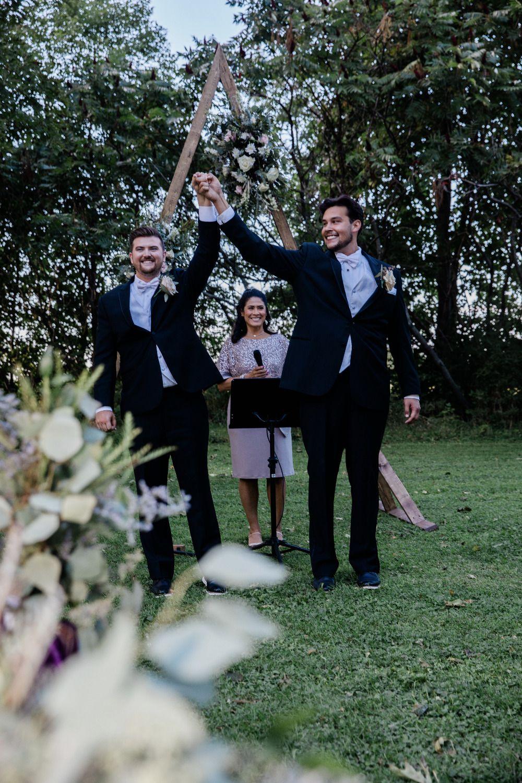 wedding altar photo