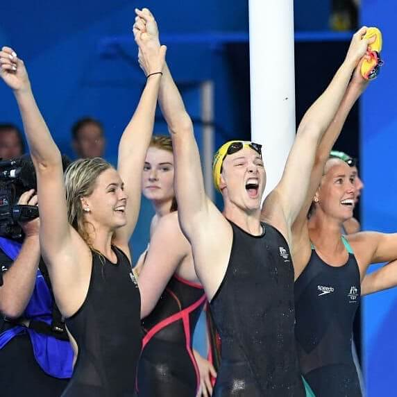 Australian relay swimmers celebrate gold at the 2018 Commonwealth Games