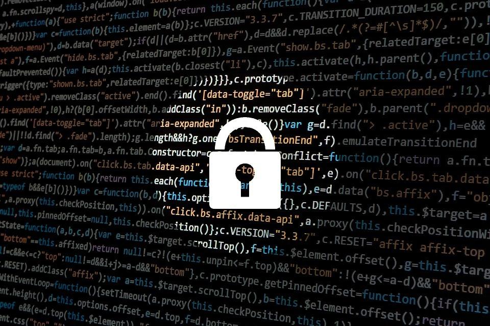 hacker-1944688_960_720.jpg