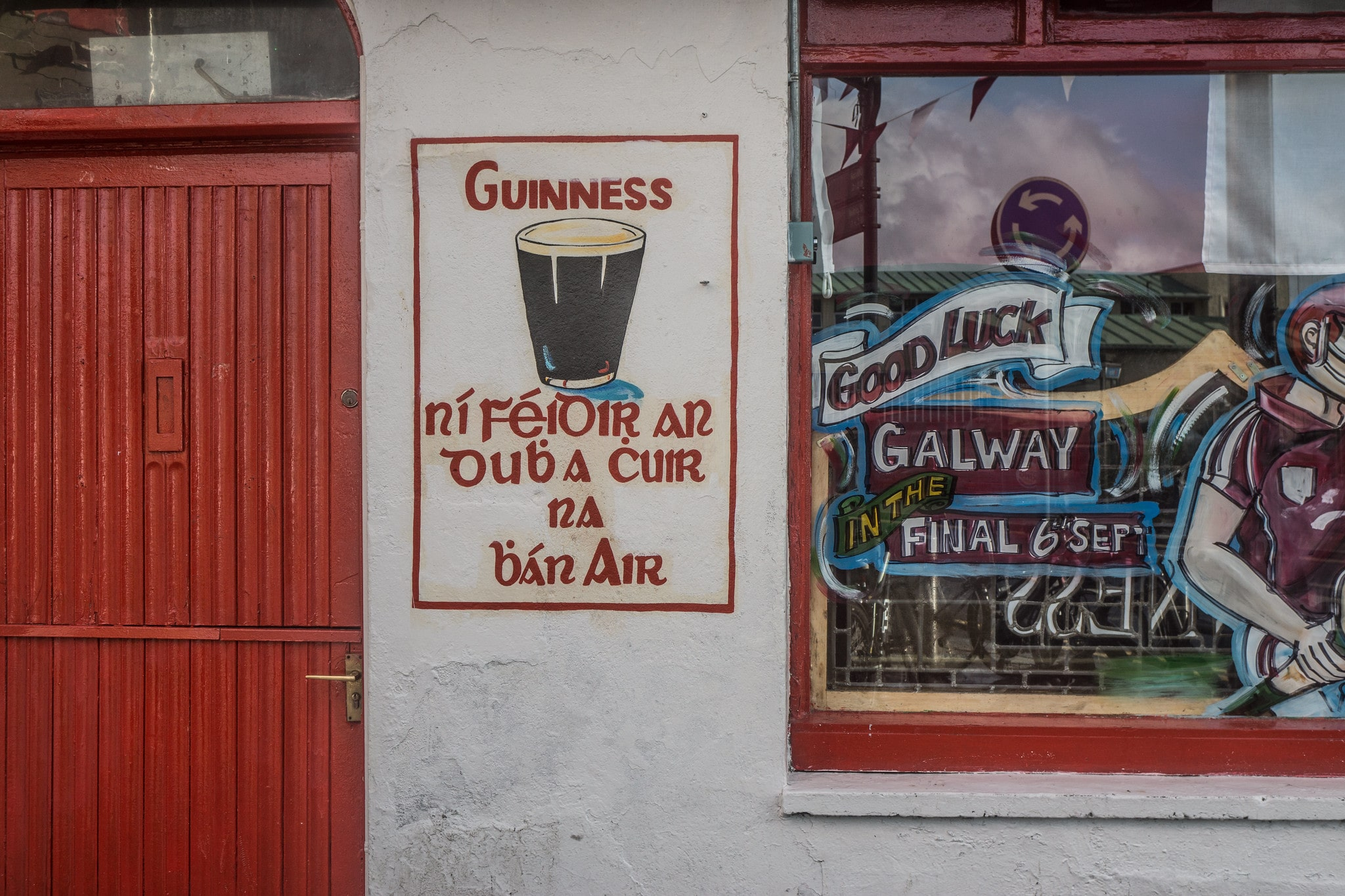 Having a pint is one of the best things to do in Galway Ireland