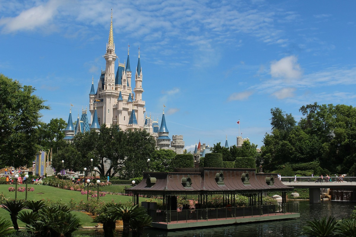 Insider Tips for Visiting Orlando's Theme Parks Like a Local, Orlando, FL
