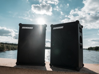 Two SOUNDBOKS in the sun