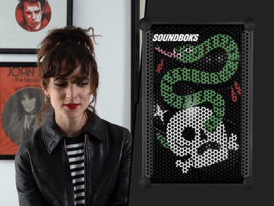 Pippa Toole with her limited Artist Edition SOUNDBOKS