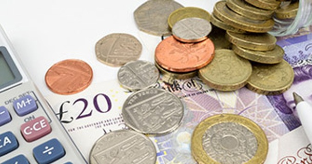 Direct Debits and standing orders – what's the difference?
