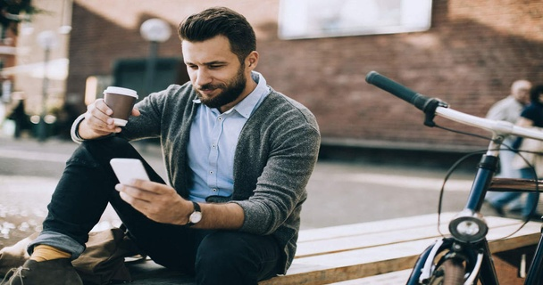 Easy lifestyle changes to become (and stay) debt-free