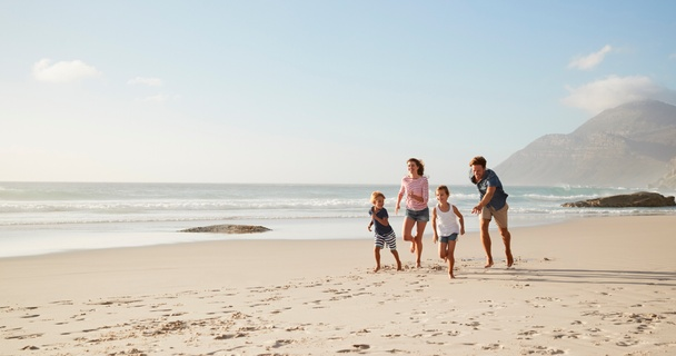 5 simple steps to save for a family holiday