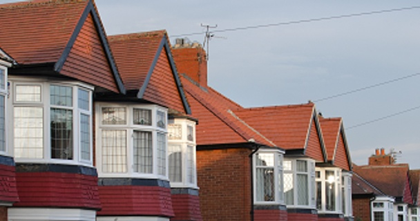 Monday Myth-Buster: Should I buy a house before the referendum?