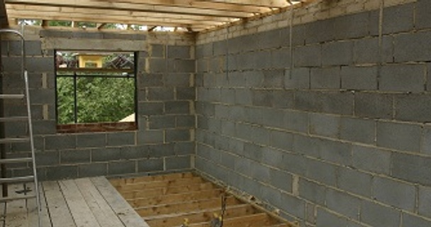 How to avoid running out of cash during home improvements