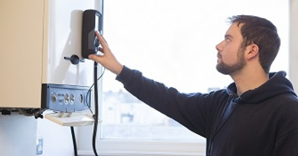 Simple ways to make your energy bills cheaper