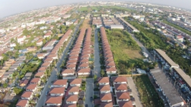 13,000 homes to be built on public land
