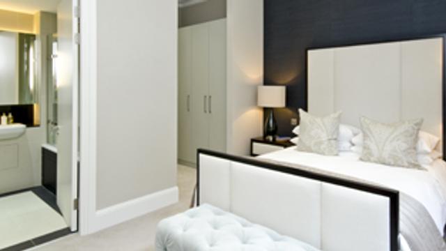 Dream Homes; en-suite bathrooms, indoor swimming pools & conservatories