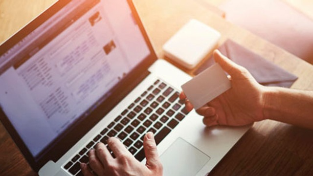 Shopping online? Stay protected against technical problems