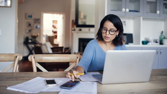 5 ways to become a better saver