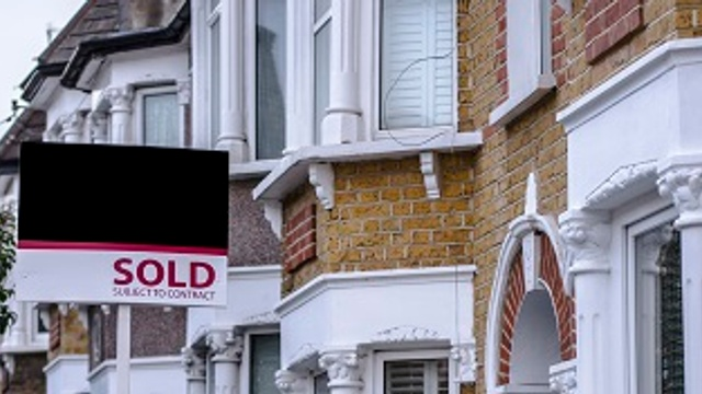 Buying an old house? Consider these risks first