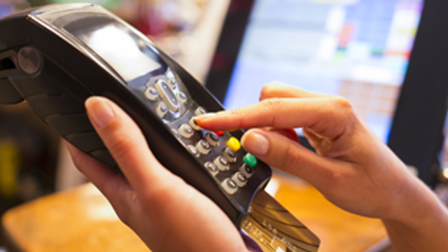 The pros and cons of a balance transfer credit card