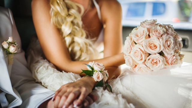 When it comes to the Big Day, who pays?