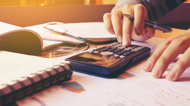 Why you should only track 3 categories when budgeting