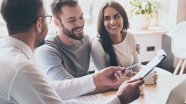 What do lenders ask in a mortgage interview?