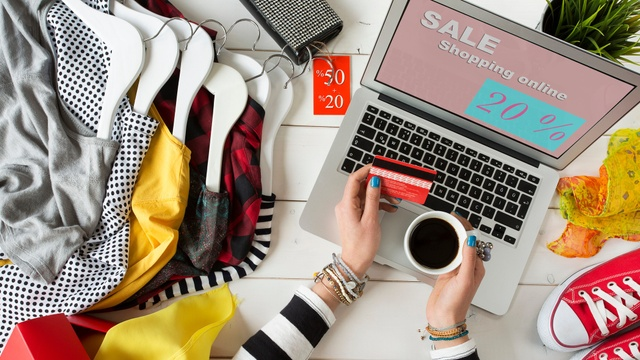 23 Insider hacks to save more than £300 a year shopping online
