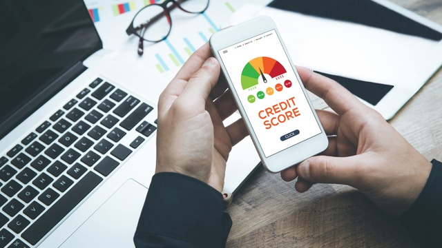 Can a personal loan build my credit score?