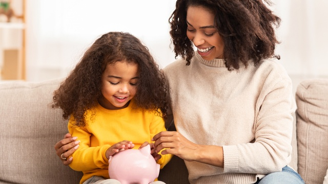 Different ways to save money for your children