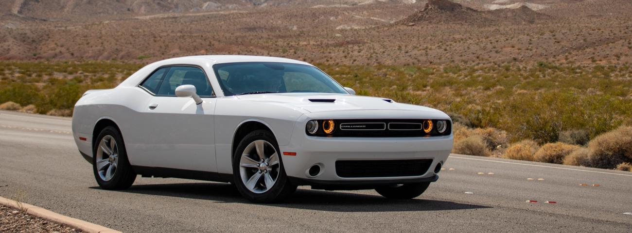 Dodge-Challenger-2019-potencia-extravagante-y-clásico