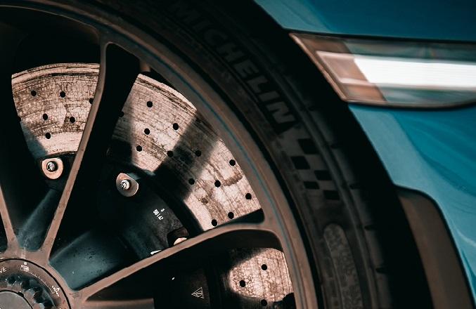 Mid-range tyres logo