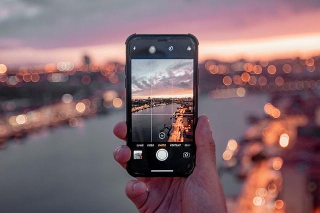 virtual-scavenger-hunt-app-photo.jpg