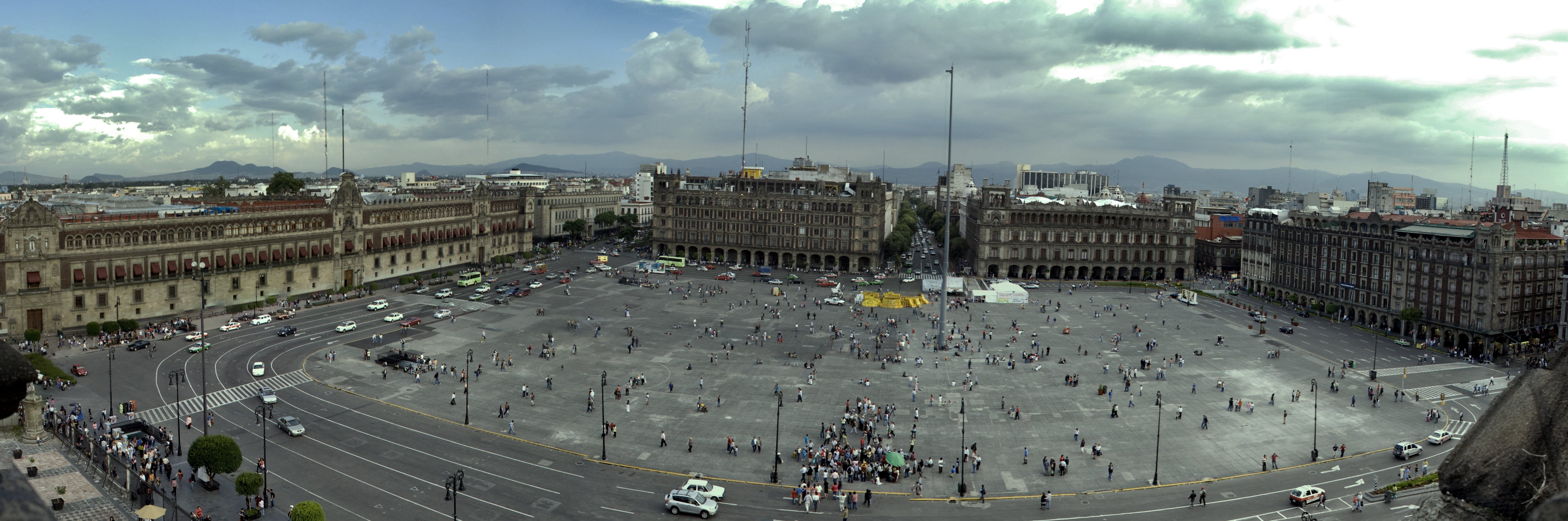 TripAdvisor reviews in Mexico City rave about El Zocalo