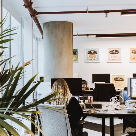 huckletree-west-studio-desks