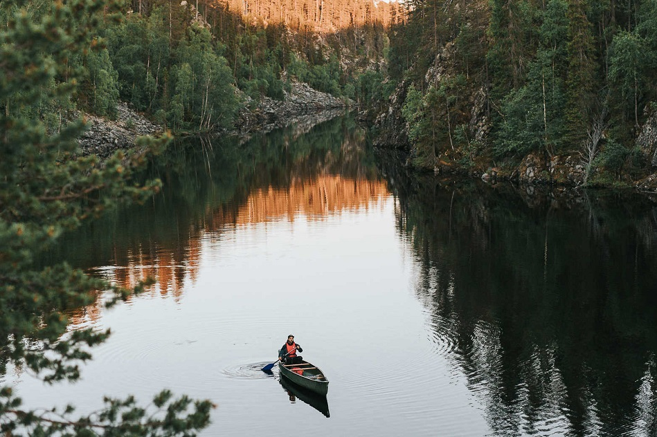 canoe-dans-le-parc-national-de-hossa-...